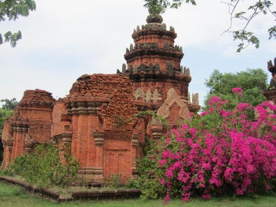 Ancient City - Picture of Ancient City (Mueang Boran ...