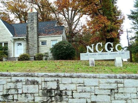 North Carolina Granite Quarry: entrance