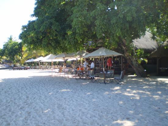 Maritim Resort & Spa Mauritius: restaurant de la plage
