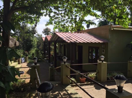 Green Park Homestay Cottage Rooms