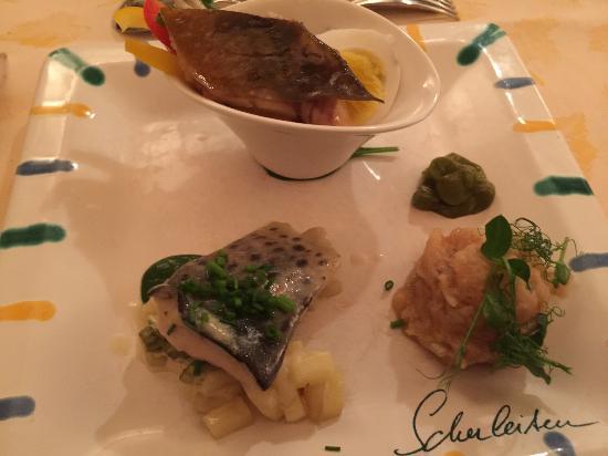Schlierbach, Austria: Variationen von Fischsalaten