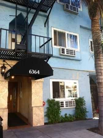 The Hotel Hollywood: Отель снаружи