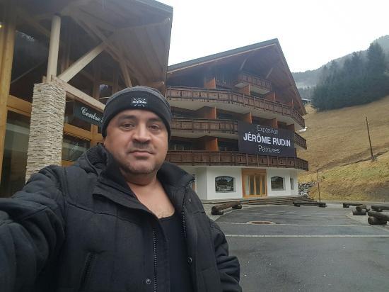 Val-d'Illiez, Zwitserland: 20160110_133656_large.jpg