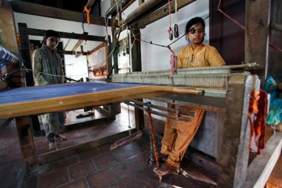 Kanadukathan, Ινδία: Sri Mahalakshmi Handloom Weaving Centre