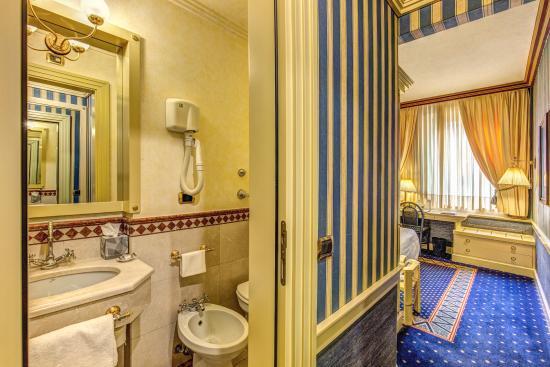 Hotel Auriga: Guest Room