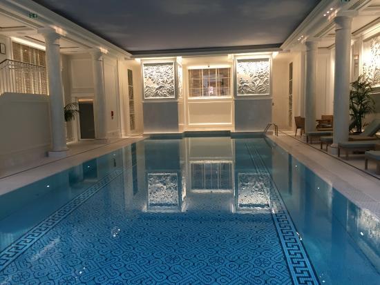 Shangri-La Hotel Paris: Beautiful facilities