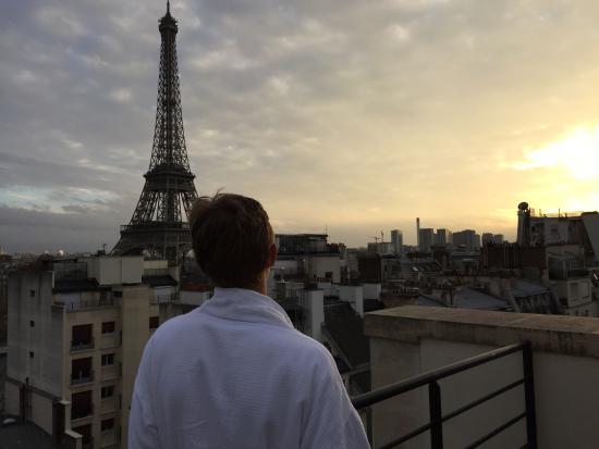 Shangri-La Hotel Paris: View from our terrace.