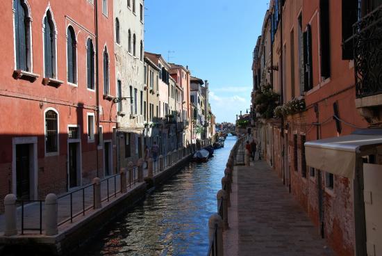 Hotel alla Salute: il canale sul quale si affaccia l'hotel