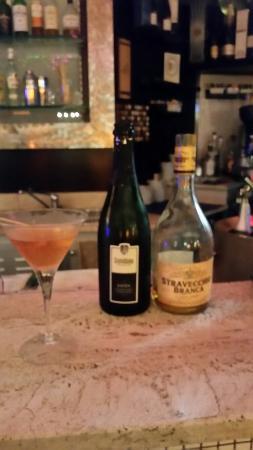 Caffe Ristorante Wenge : Cocktail champagne