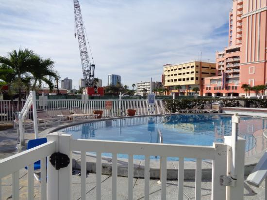 Sunrise Resort Motel South: Building site advertised as Bay View !