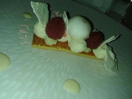 Savonnieres, Prancis: dessert : biscuit tout citron