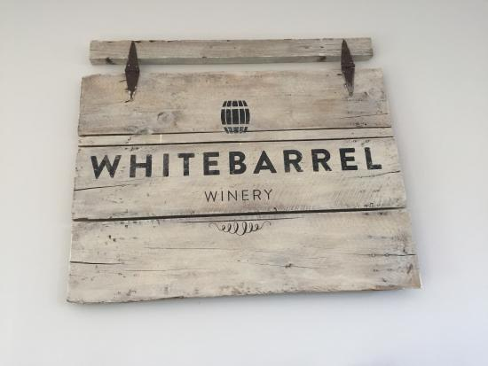 Christiansburg, VA: Whitebarrel Winery