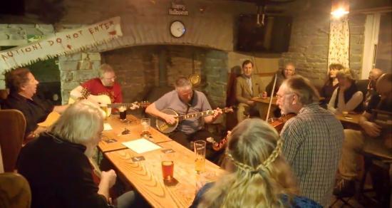Lampeter, UK: Friday Folk Club