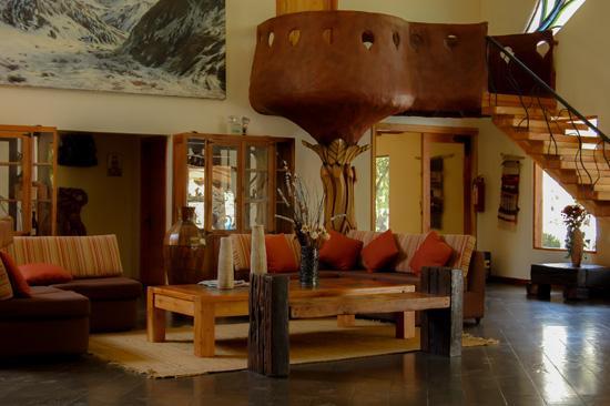 Hotel Qamaqi: Recepción Hotel