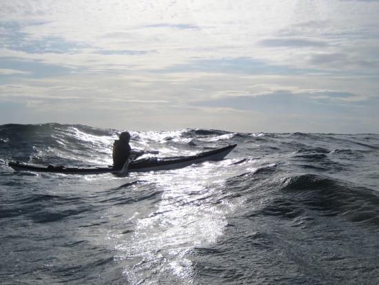 Hasle, Dinamarca: Kajak Surf i bølger Paddle Bornholm.