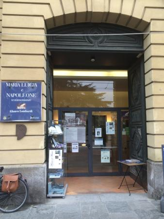 Museo Lombardi - Marie Louise and Napoleon: L'ingresso del Museo