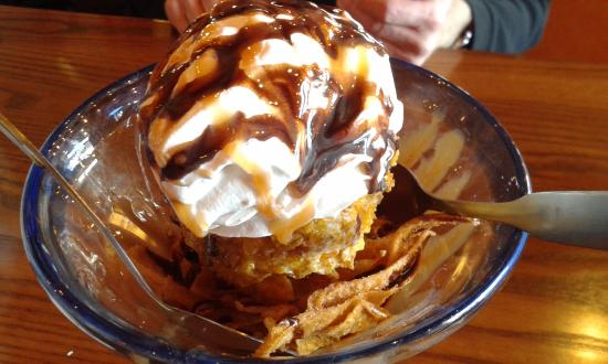 Chevys Lincoln Ne >> Deep Fried Ice Cream Picture Of Chevy S Lincoln Tripadvisor