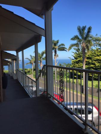 Twofold Bay Motor Inn: View from the seats on the verandah...what a beautiful arvo