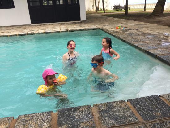 Habaraduwa, Sri Lanka: The awesome pool