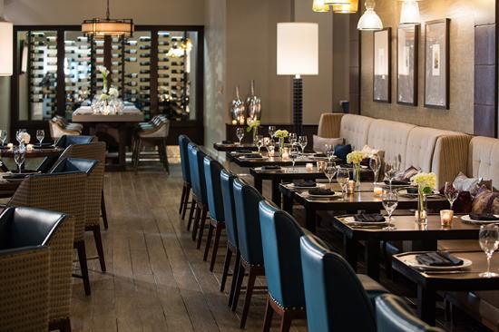ember modern american tavern picture of renaissance waterford rh tripadvisor co nz