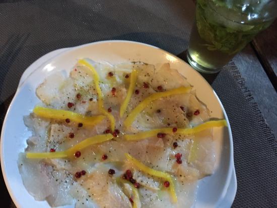Busua, Ghana: Fish mango Carpaccio