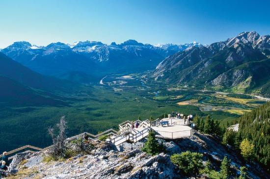Banff Gondola : Enjoying the boardwalk to Sanson's Peak