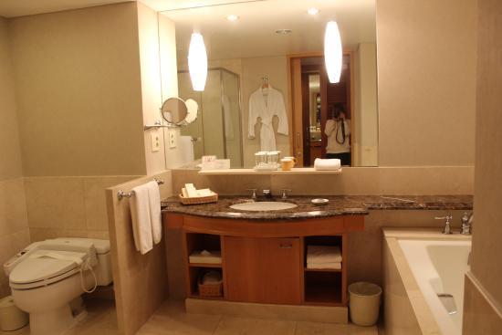 테라스룸욕실 - 제주신라호텔, 서귀포 사진 - 트립어드바이저