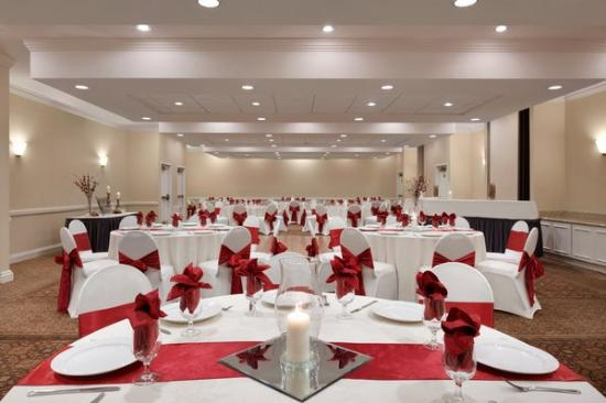 Radisson Hotel Phoenix / Chandler: Flexible banquet space!