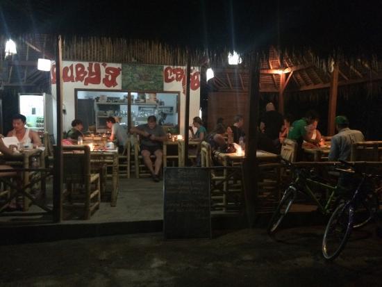 Ruby's Cafe : photo2.jpg