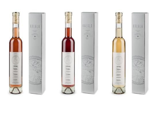 West Kelowna, Canada: Kalala Organic Icewines with boxes