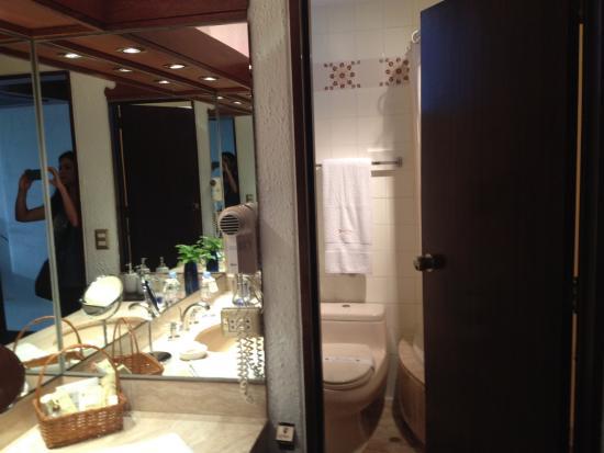 Antara Hotel: Banheiro