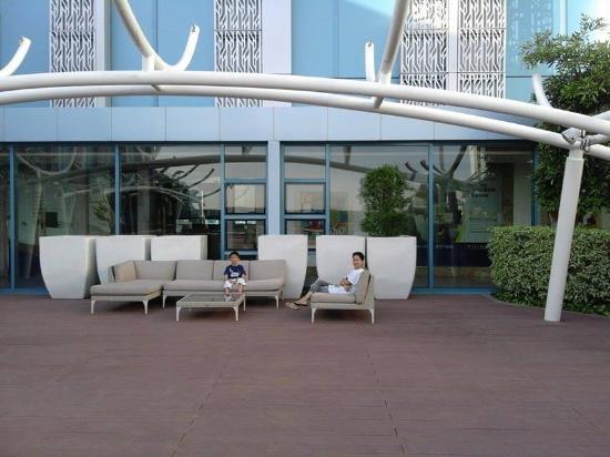 Pool Deck Picture Of Crimson Hotel Filinvest City Manila Muntinlupa Tripadvisor