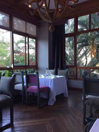 Hotel Alta Las Palomas: Dining room