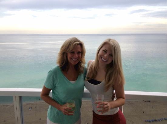 Trump International Beach Resort: balcony