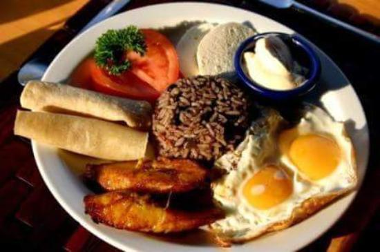 Miramar, Κόστα Ρίκα: Costa Ricanisch, Deutsche ,Vegetarische Kueche