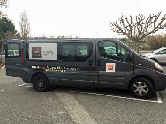 Ibis Marseille Provence Aéroport : NAVETTE HÔTEL IBIS MARSEILLE PROVENCE AEROPORT