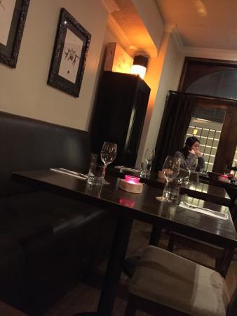 Carens Wine and Cheese Bar: photo3.jpg