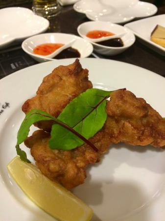 Victoria Cafe: Tandoori flavored chicken