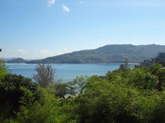 Aquamarine Resort & Villa: Not a bad view to wake up to each morning!