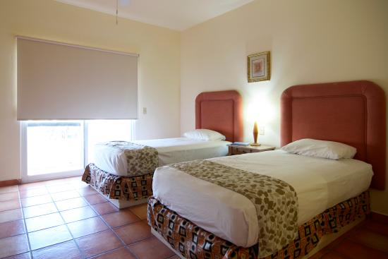 Hotel & Suites Las Palmas: Premium Suite - Second Room