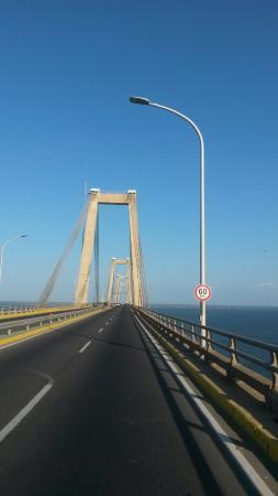 General Rafael Urdaneta Bridge : 20160109_163712_large.jpg