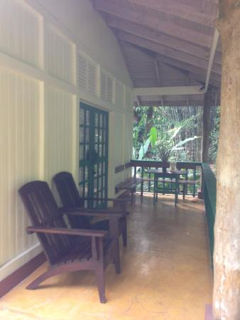 Playa Tortuga, Costa Rica: The porch of our cabina