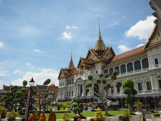 Grand palace - Picture of The Chakri Group (Phra Thinang ...