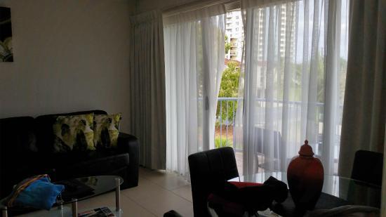 Beachside Mooloolaba Sunshine Coast: Lounge room