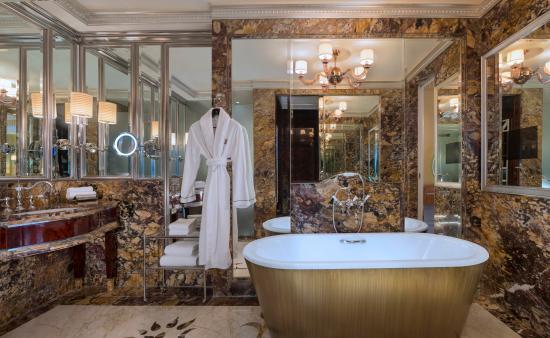 The St. Regis Singapore : Specialty Suite - Bathroom