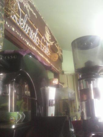 Delinido Coffeehouse