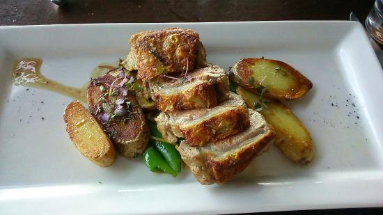 Kingsleys Steak & Crabhouse: Lamb Sirloin - delicious!