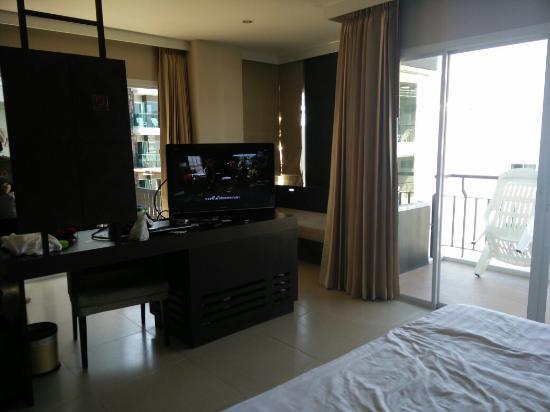 Andakira Hotel Patong: TA_IMG_20160113_131402_large.jpg