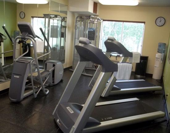 Country Inn & Suites by Radisson, Norman, OK : Fitness Center