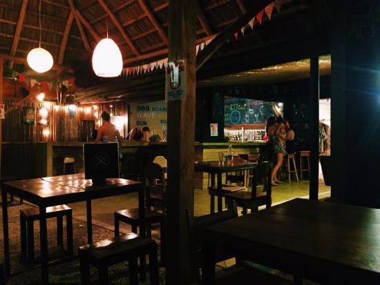 La Oveja Negra Hostel and Surf Camp: photo1.jpg